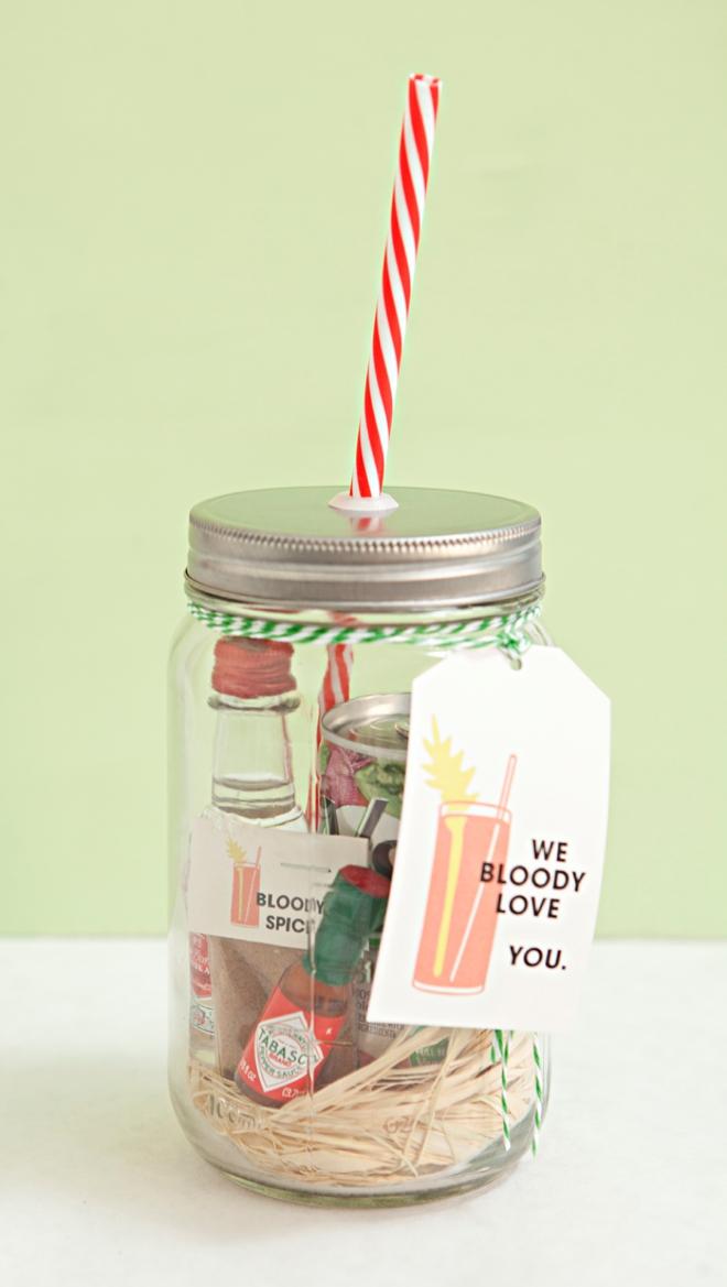 DIY bloody mary mason jar gift by Something Turquoise