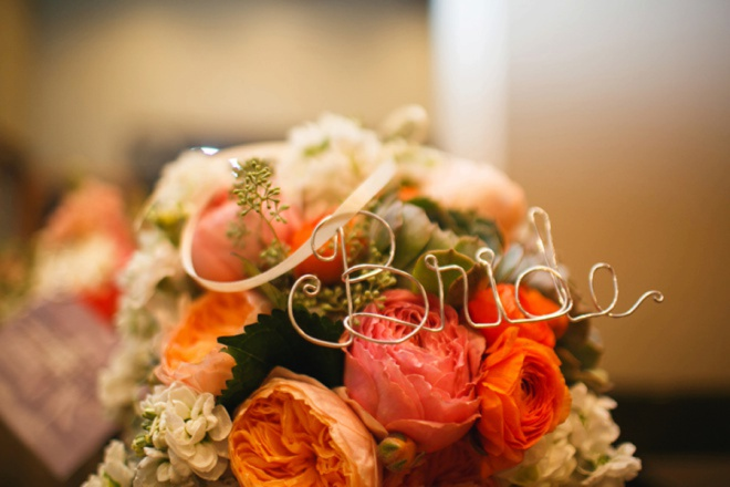 The brides bouquet.