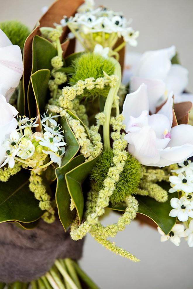 Bouquet-Blueprint-Winter-Sage-Green-Earthy-Black_0002