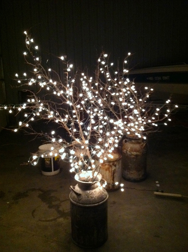 Wedding String Lights Diy : 15 Ways To Decorate Your Wedding With Twinkle Lights!