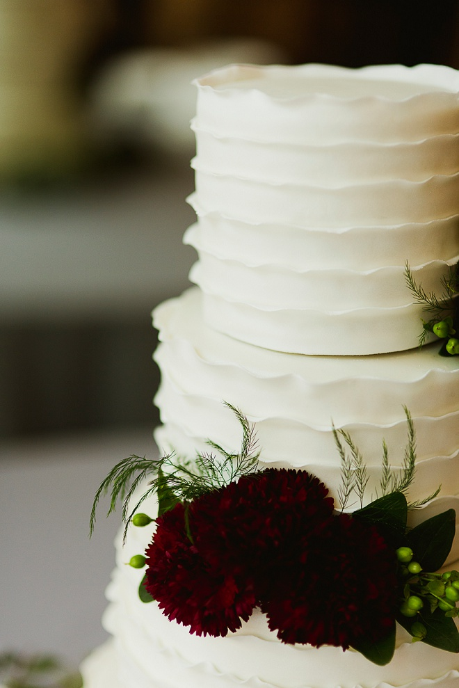 We love this darling cake!