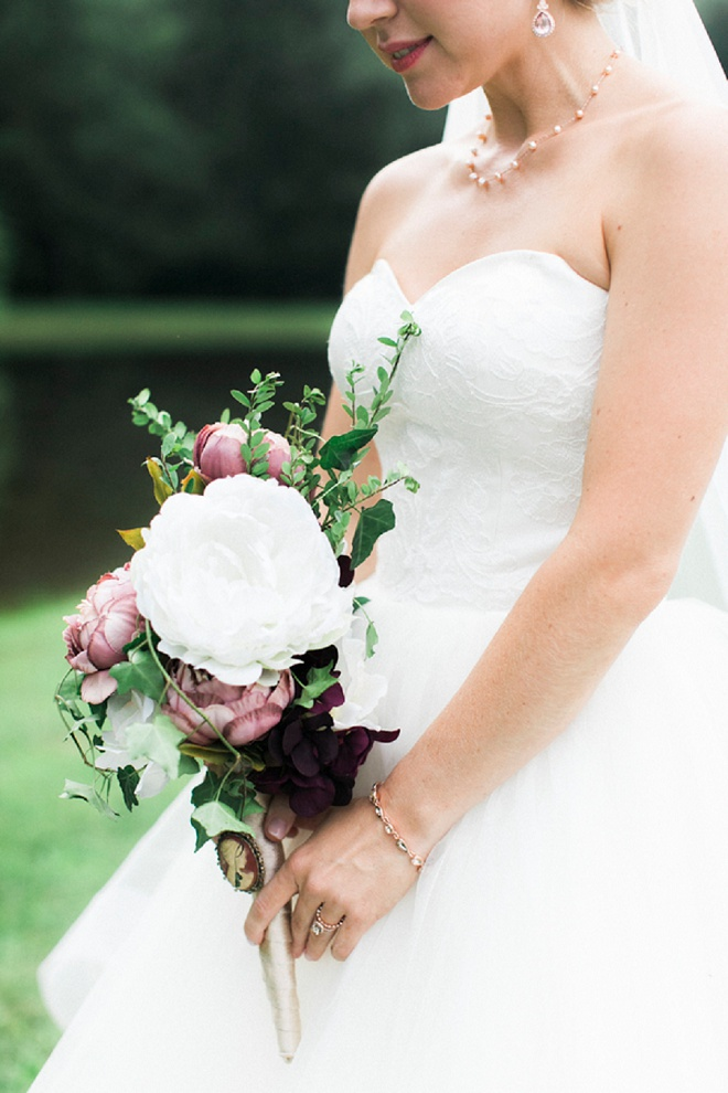 We're loving this gorgeous wedding bouquet!