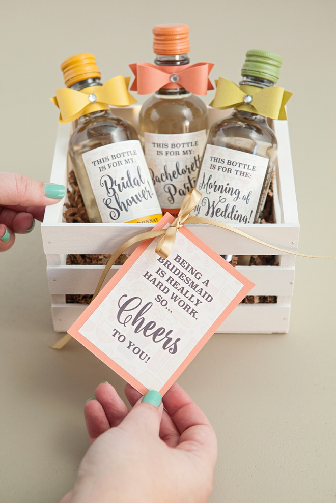 diy mini wine bottle bridesmaid gifts bridalpulse