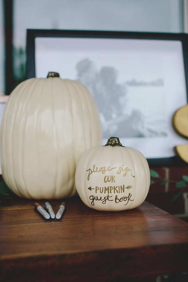 Awesome idea for a DIY faux pumpkin guest book!