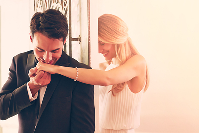 5 Awesome Tips For Buying The Perfect Piece Of Fine Jewelry For Your Bride-to-be!