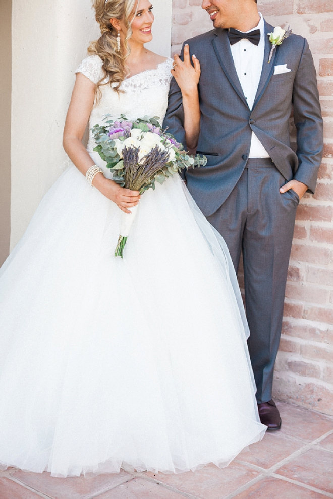 We're swooning over this darling desert wedding and gorgeous bouquet!
