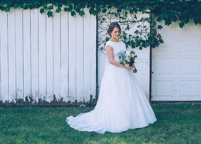 Wedding Dresses For Grandma : Classic style wearing her grandmothers wedding dress so gorgeous