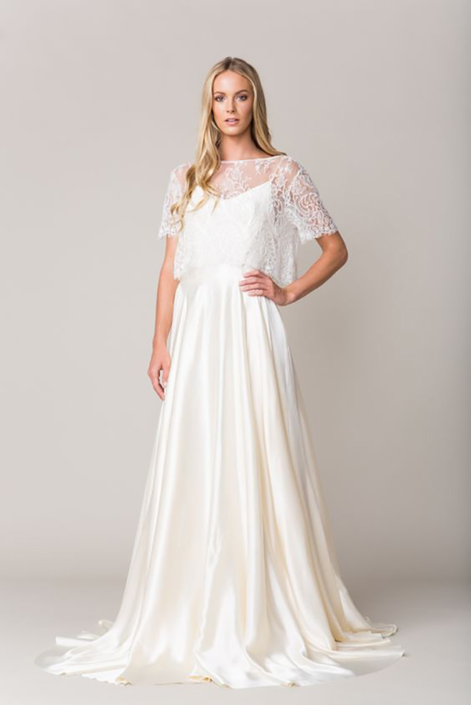 Swooning over this Sarah Seven Avingnon wedding gown!