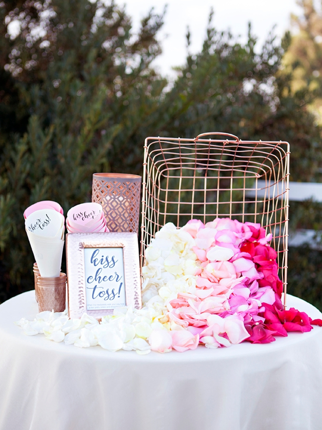 flower petals for wedding you ve got to see this diy petal toss bar 4198