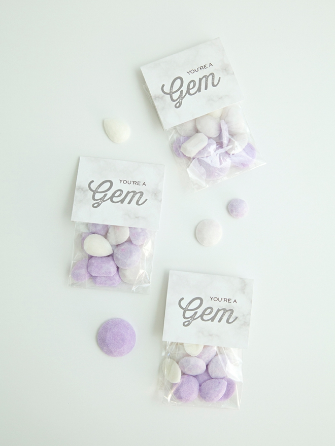 This is the best recipe and tutorial for making gemstone sugar cube favors!
