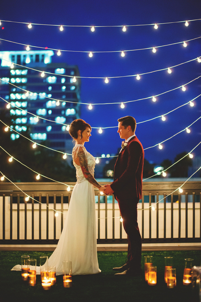 We love this gorgeous New Years Eve twinkle lit ceremony backdrop!