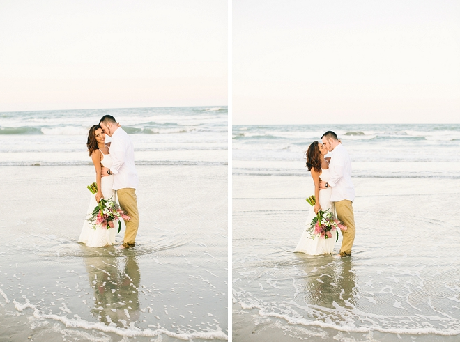 We're loving this couples fun beach anniversary shoot!