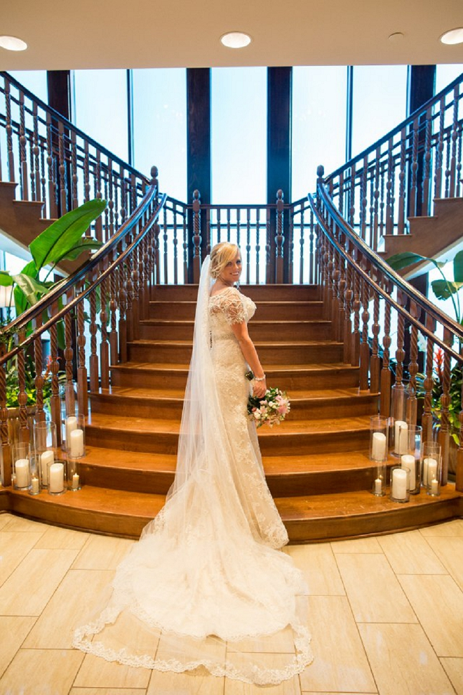 We're crushing on this Bride and this gorgeous photo!!