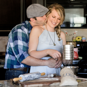 How fun is this baking engagement sesh? Love!