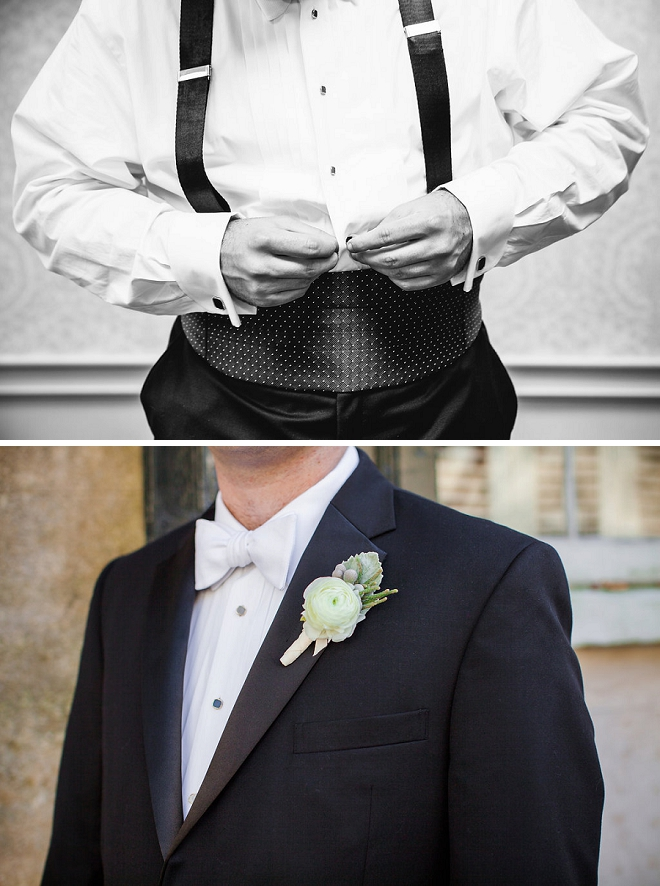 We love detail shots of the handsome Groom getting ready!