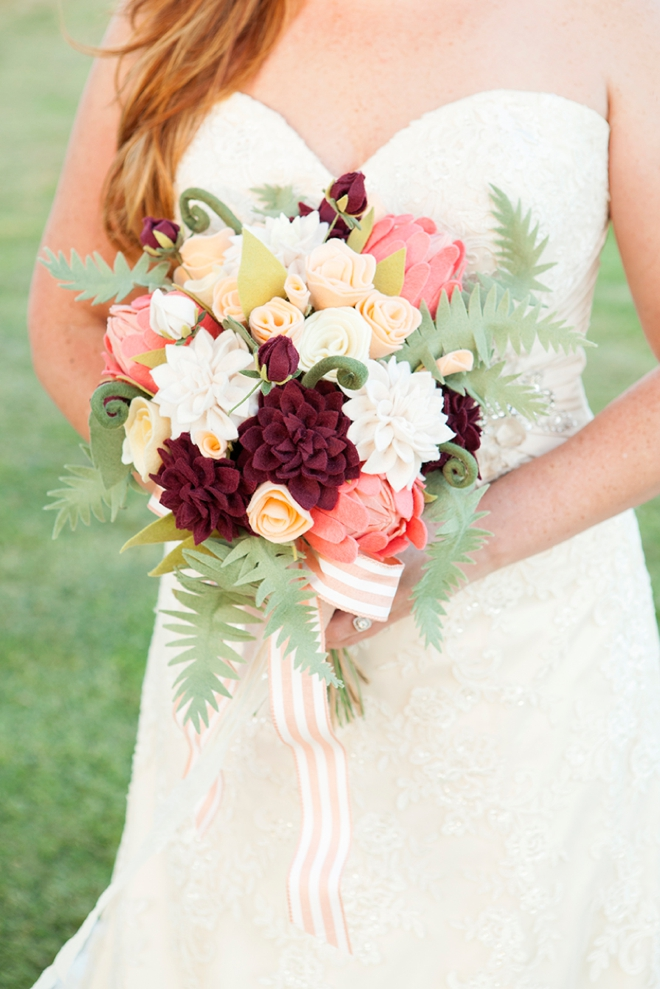 How To Make The Most Gorgeous Felt Wedding Bouquet!