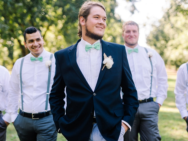 We love this shot of the handsome Groom and his Groomsmen before the ceremony!