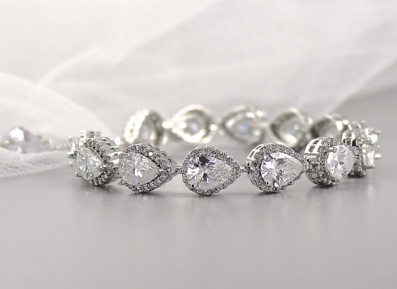 We LOVE this stunning wedding bracelet!