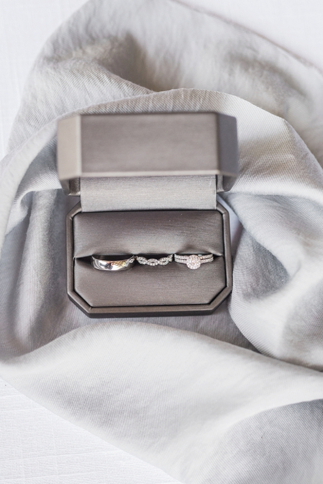 We're in love with this classic ring shot!