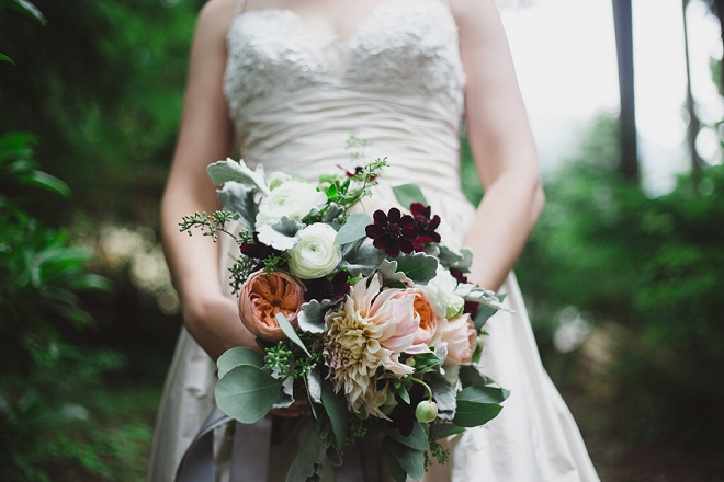 We're crushing on this gorgeous fall wedding bouquet!