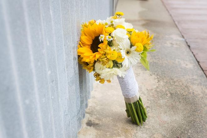 We love this bride's darling sunflower wedding bouquet!