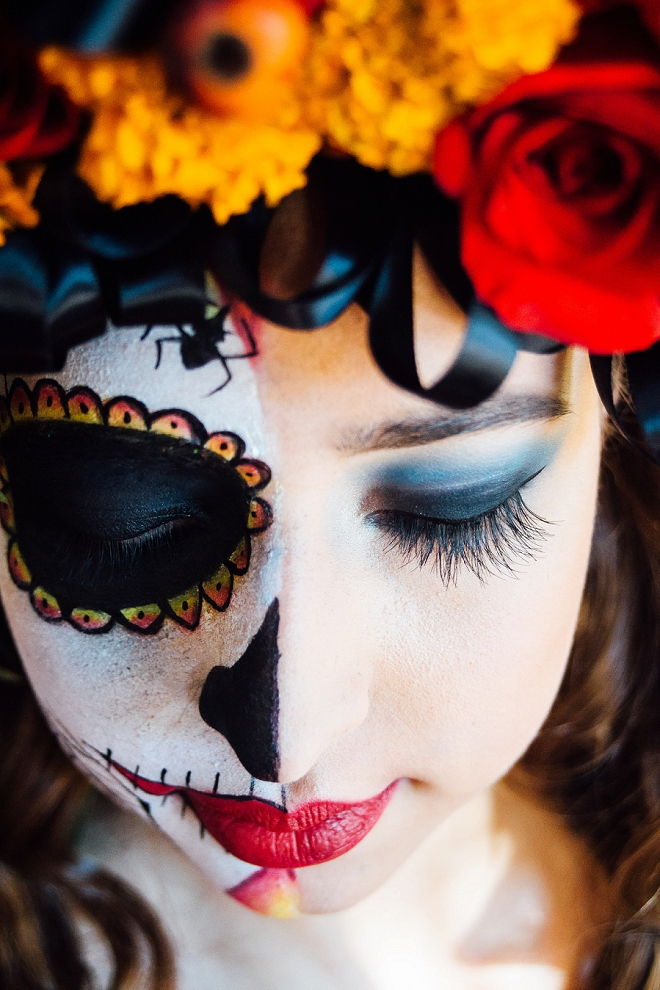 How gorgeous is this styled Day of the Dead shoot and authentic makeup?! LOVE!