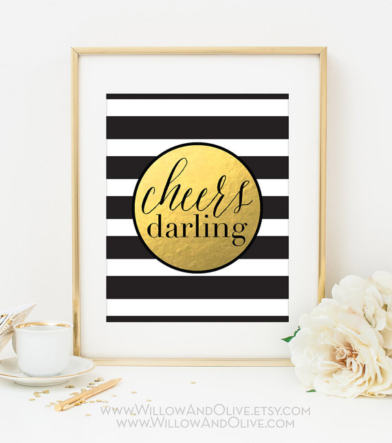 How adorable is this black and gold Cheers, Darling bar sign?! We love it!