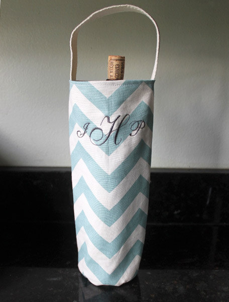 Darling monogrammed wine tote carrier is one of our favorite gift ideas!