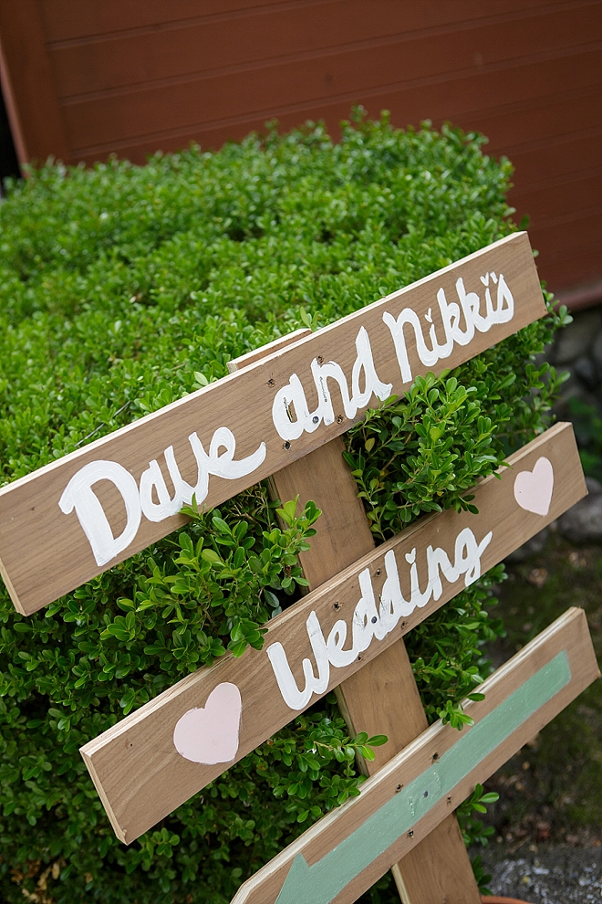 We love the darling details at this couple's stunning Bass Lake wedding!