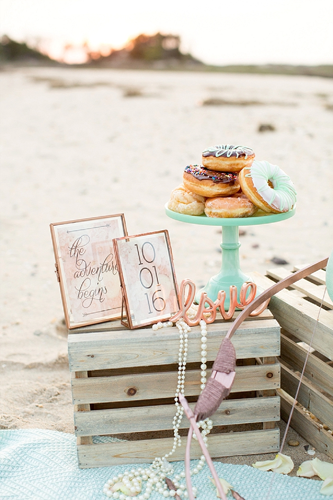 We love these darling details at this champagne beach engagement!