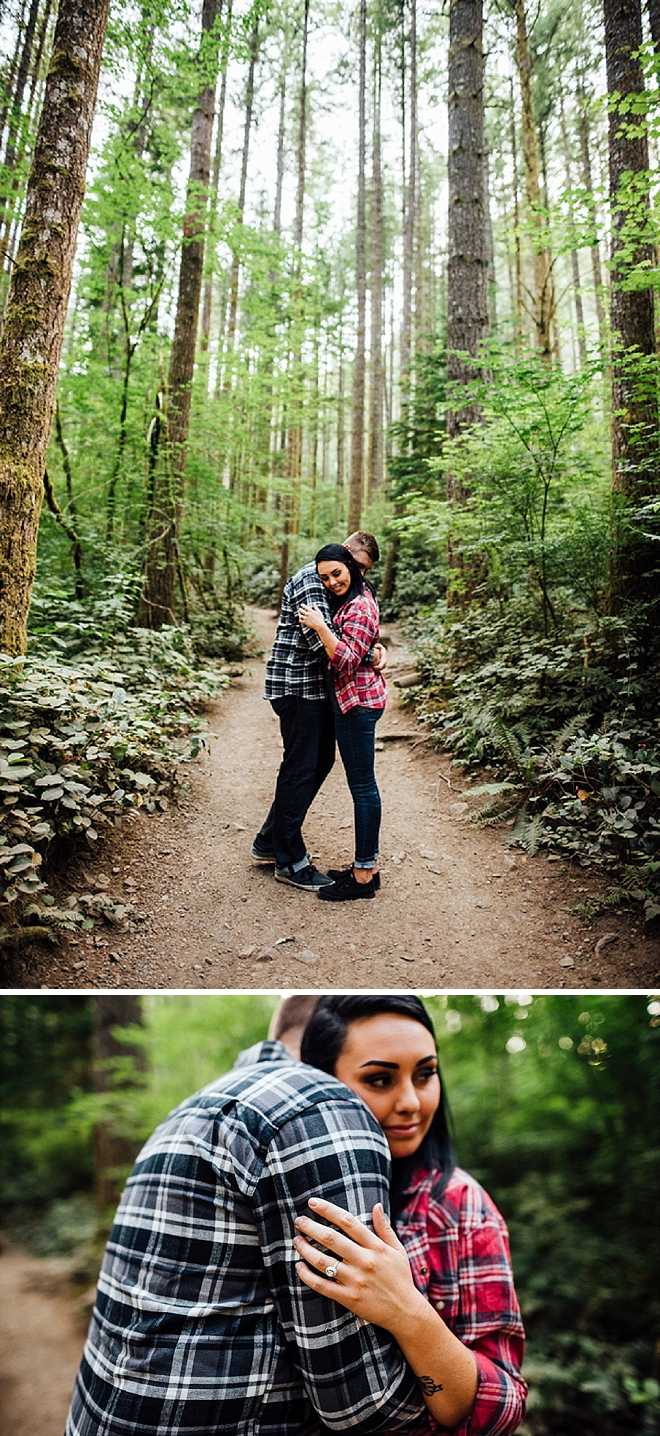 We're crushing on this darling lake side engagement session!