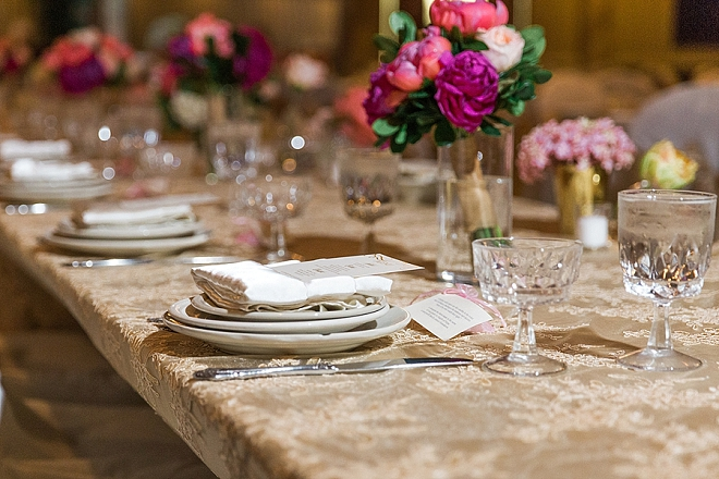 How darling are this couple's centerpieces?! Love it!