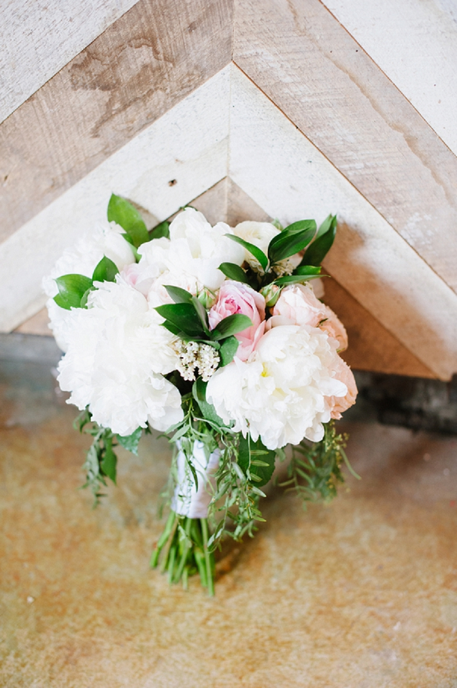 Stunning blush wedding bouquet's are our faves!