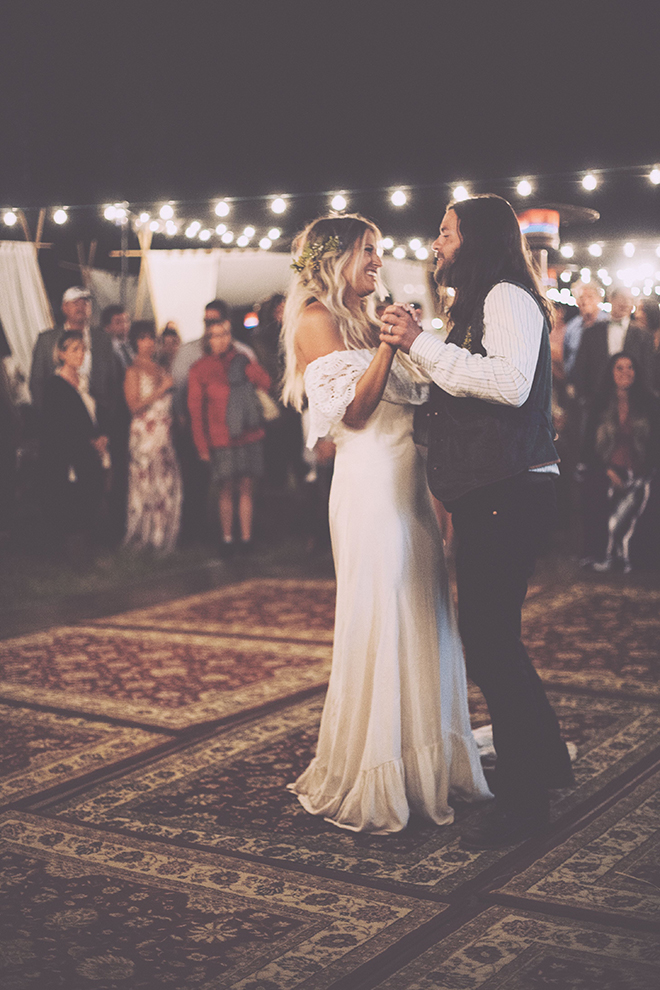 such a dreamy boho dance floor.