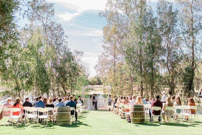 We love this stunning outdoor wedding ceremony!