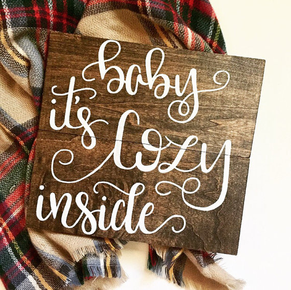 We love this darling holiday sign perfect for your house!