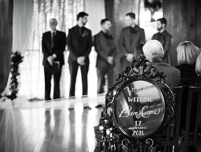 We're swooning over this stunning ceremony!