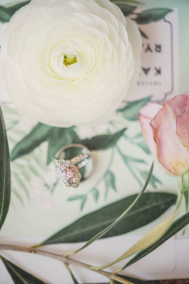 Crushing on this gorgeous ring shot!