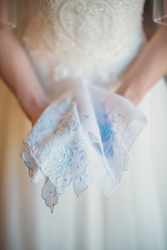 Love this snap of the Bride with her Grandmothers hanky for her something old and blue!