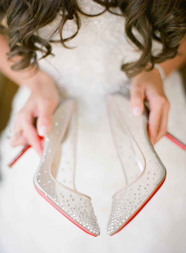Looking for some wow wedding shoes? Here they are!