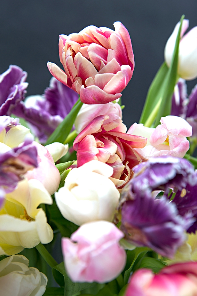 These are the best wedding flower tips about tulips!