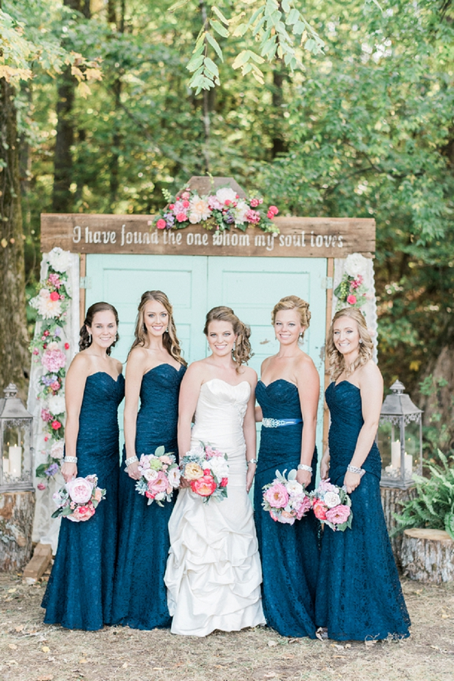 The Bride and her Bridesmaids before the ceremony!