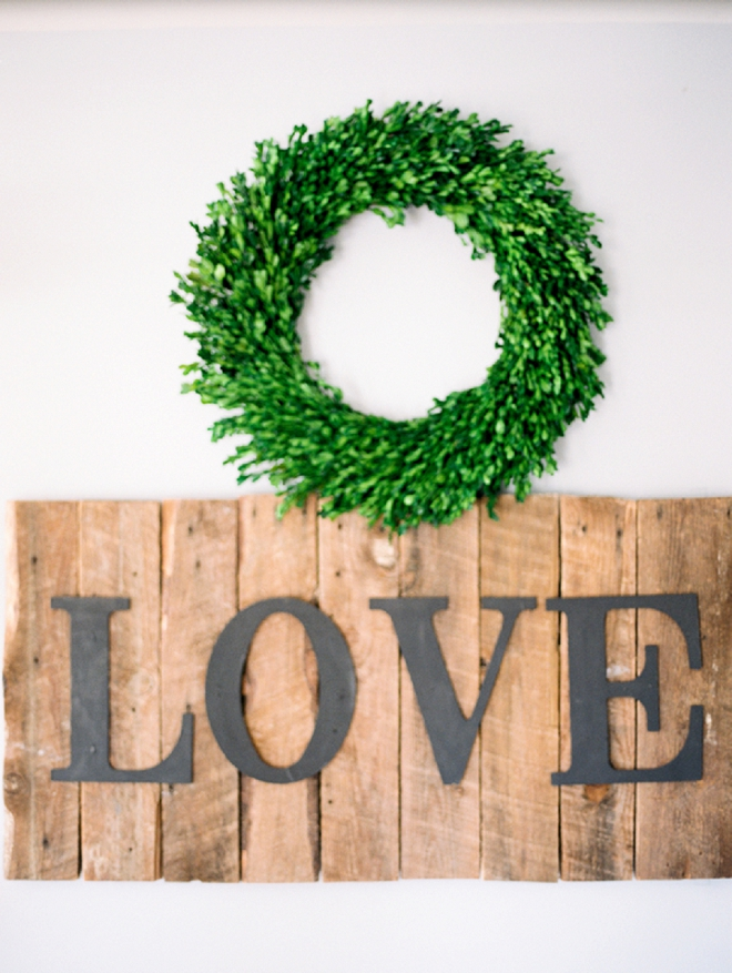 We love this LOVE sign snap at this darling couple's big day!