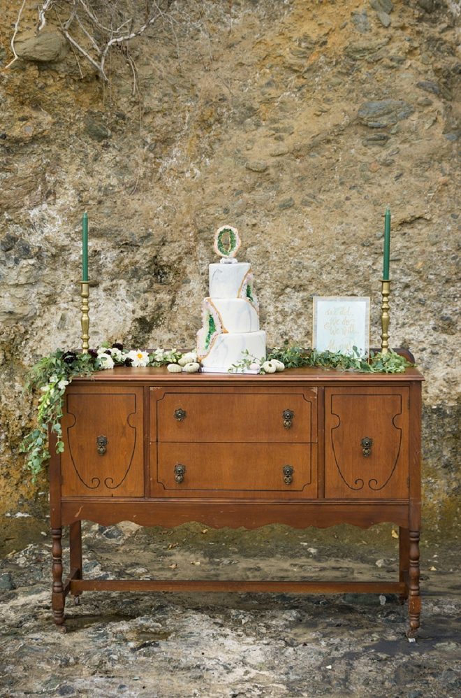Check out this gorgeous styled cake table!
