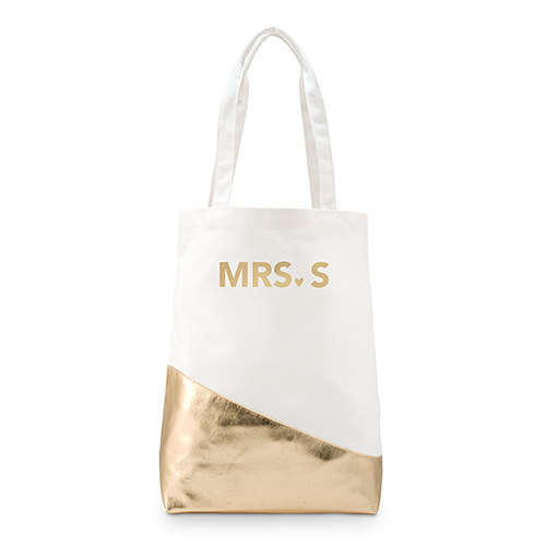 We're crushing on this gold customized Mrs tote!