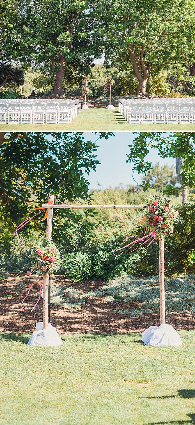 We're loving this couples stunning outdoor California ceremony!