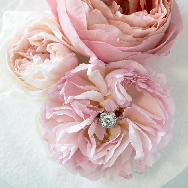 Grow Your Own Wedding Flowers: Wedding Flower Power // The Gorgeous Garden Rose