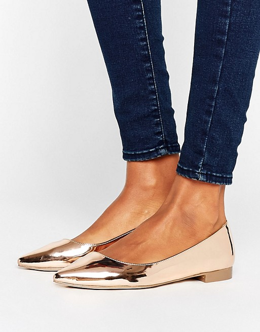 Affordable wedding shoes - $30 flats! Love these metallic shoes!