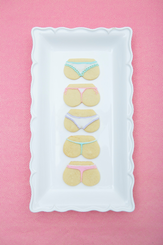 These cheeky bachelorette cookies are super cute and easy to make!