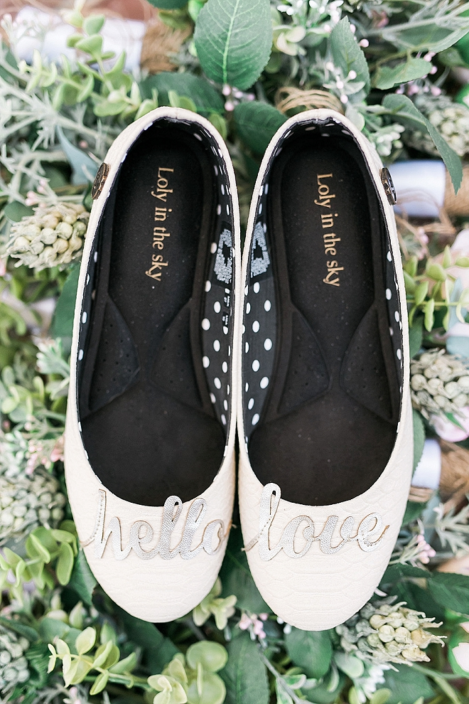 Check out this crafty Bride's gorgeous wedding day shoes - so cute!